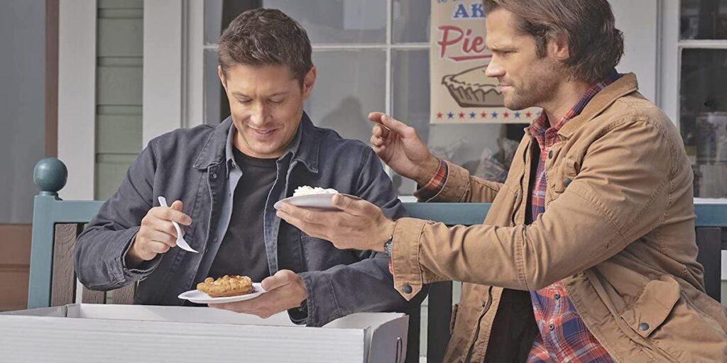 Dean och Sam äter paj